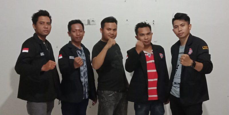 Foto Sejumlah Personil LSM Perak Sulsel